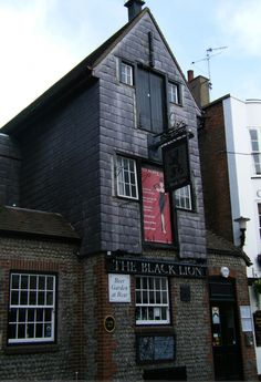 The Black Lion pub situated in the heart of Brighton in the famous Lanes and dates right back to the 16th Century. The exterior certainly reflects this with its wooden cladding and historic charm. The interior is modern.