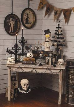 shelley b decor and more: Black and White Halloween decorations