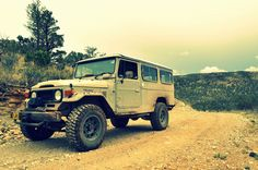 Land Cruiser the only Toyota Id ever consider buying Toyota Fj40, Toyota Trucks, Toyota Cars, Land Cruiser 4x4, Toyota Land Cruiser, Adventure Car, Wheels On The Bus, Expedition Vehicle, Vintage Trucks