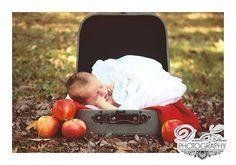 Apple of his parents eye! What a cutie. www.facebook.com/daniellecheriephoto http://www.daniellecheriephoto.co.nr/ #newborn #photography #Indiana #daniellecheriephoto
