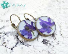 Pressed flower earrings Violet earrings by FancyHandmadeArmenia