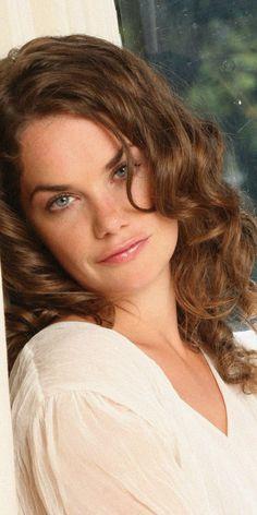 1080x2160 Celebrity, English actress, Ruth Wilson wallpaper