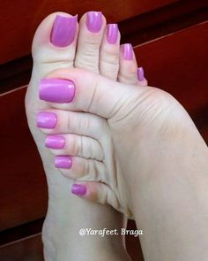 Feet Nails - Inspired Beauty - The best fashion types in the world fashionlife Cute Pink Nails, Pretty Toe Nails, Cute Toe Nails, Sexy Nails, Sexy Toes, Pretty Toes, Pink Toe Nails, Pretty Pedicures, Polygel Nails