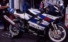 Photos: 33 Years of Suzuki Endurance Road Racing - Asphalt & Rubber Suzuki Bikes, Suzuki Motorcycle, Suzuki Gsx, Gsxr 1000, Racing Team, Road Racing, Bmw Cafe Racer, Bike Photo, Supersport