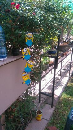My daughter made these minions from carton