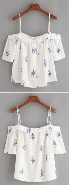 White Fold Over Cold Shoulder Flower Print Top - Daily Fashion Outfits Look Fashion, Teen Fashion, Fashion Outfits, Womens Fashion, Fashion Heels, Fashion Clothes, Casual Wear, Casual Outfits, Cute Outfits