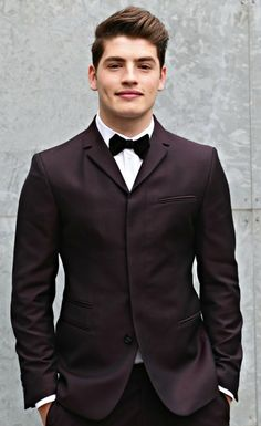 mancrushblog:  Gregg Sulkin, featured on...