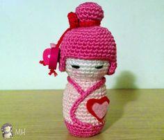 pink Kokeshi amigurimi crochet doll free pattern
