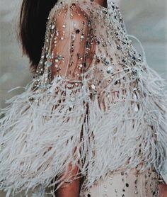 b9b6e772d7d14 Pinterest | Augusta Walsh Sparkle Clothes, Glitter Clothes, Sparkle Outfit,  Fashion Beauty,
