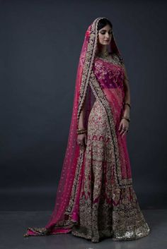 10 Expert Bridal Lehenga Shopping Tips For A Confusion-less Wedding Indian Bridal Lehenga, Indian Bridal Wear, Indian Wedding Outfits, Pakistani Bridal, Bridal Outfits, Indian Outfits, Bridal Dresses, Bridal Lenghas, Indian Weddings