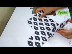 Make A Mobile, Wallet Tutorial, Leftover Fabric, Couture, Cloth Bags, Crochet, Purses And Bags, Projects To Try, Patches