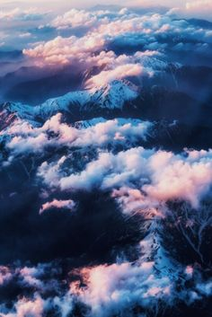 Beautiful nature photography: mountains landscape with snow and clouds in sunset! Beautiful World, Beautiful Places, Beautiful Days, Beautiful Scenery, Beautiful Artwork, Amazing Places, Jolie Photo, Adventure Is Out There, Pretty Pictures
