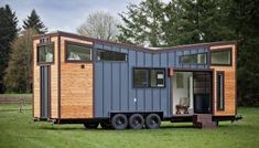 Top washer dryer combos and alternatives for tiny homes Tiny House Big Living, Modern Tiny House, Tiny House Cabin, Tiny House On Wheels, Custom Garage Doors, Custom Garages, Tiny Cabins, Cabins And Cottages, Breezeway