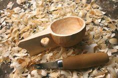 Carving a Kuksa Cup tutorial- jonsbushcraft.com