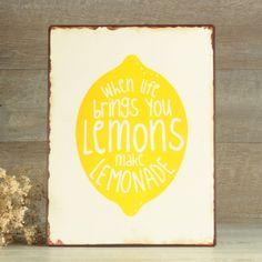 Me encanta el nuevo cartelito que nos ha llegado a #uboshop! Ideal para poner junto a un puesto de limonadas en vuestra boda #unabodaoriginal #decoboda http://www.unabodaoriginal.es/es/cartel-when-life-give-you-lemons.html