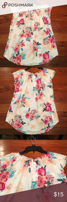 NWT LC Lauren Conrad top Pleated neck floral top. 100% polyester. *medium sold* LC Lauren Conrad Tops Blouses