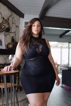 Thick Girl Fashion, Plus Size Fashion For Women, Curvy Women Fashion, Plus Size Spring Dresses, Pernas Sexy, Erica Lauren, Girl With Curves, Curvy Plus Size, Lingerie Dress