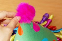 Create a cone-shaped clown hat with a fun mop of colorful curly hair made out of ribbons. Mothers Day Crafts For Kids, Fun Crafts For Kids, Clown Hat, Hat Template, Funny Hats, Hat Tutorial, Paper Cones, Paper Strips, July Crafts