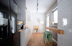 Decorar una cocina blanca con toques de color