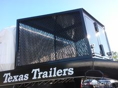 Texas trailers with dog box Clinton Anderson, Horse Trailers, The Outsiders, Broadway Shows, Texas, Horses, Dogs, Doggies, Horse