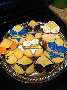 DIY: Bachelorette Party Cookies
