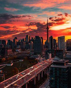 Toronto - Sunrise Over The Gardiner Expressway Toronto City, Toronto Travel, Toronto Skyline, Toronto Ontario Canada, Toronto Photography, City Photography, Nature Photography, City Aesthetic, Travel Aesthetic