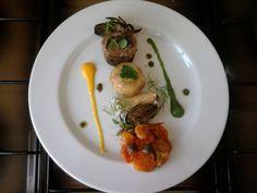 JHS /  2 ° A ^ _ ^ Linéarité entre veau certains légumes '(les artichauts et les champignons,) '' un cannoli mascarpone et tatin au tomate. Gino D'Aquino
