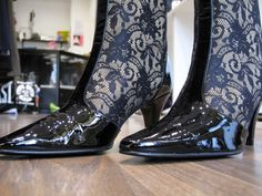 Mary G boots, size 4, excellent condition...lace is very 'on trend'