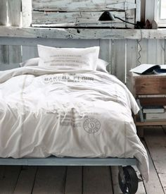 25 Amazing Edgy Industrial Beds : 25 Amazing Edgy Industrial Beds With White Bed And Wooden Walls And Nightstand Design