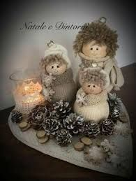 Link broken--looks like mitten snowmen Christmas Tree Toy, Christmas Bells, Christmas Holidays, Christmas Ornaments, Art Floral Noel, Diy And Crafts, Crafts For Kids, Nativity Ornaments, Pine Cone Crafts