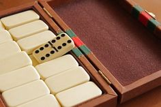 How Many Dominoes are in a Set? | eHow