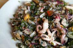 Fructe de mare à la marinnaire Sprouts, Vegetables, Recipes, Food, Kitchens, Essen, Vegetable Recipes, Meals, Eten