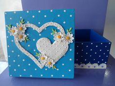 Caixa de MDF decorada com biscuit