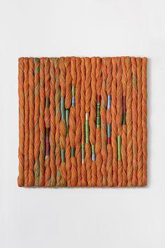Sheila Hicks Dancing The Twist 2016 Yarn Wall Art, Diy Wall Art, Textile Fiber Art, Textile Artists, Loom Weaving, Tapestry Weaving, Fabric Art, Fabric Crafts, Embroidery Art