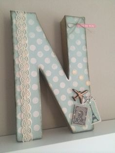 Letra decorada DIY scrapbook vintage