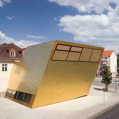 FF Architekten in collaboration with Martina Wronna. Public library in Luckenwalde, Germany.