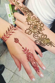 42 Beautiful Henna Tattoo Designs for Women to Try - Beste Tattoo Ideen Henna Designs Drawing, Henna Tattoo Designs Arm, Body Tattoo Design, Tattoo Designs For Women, Wedding Henna Designs, Modern Mehndi Designs, Mehndi Designs For Hands, Henna Tattoos, Body Tattoos