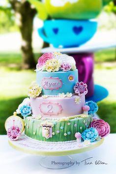 OCC - One of the cakes from Saturday's Alice in wonderland party. #cake #vintage #aliceinwonderland #alice #birthday #wonderland