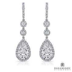 Pear Shape Dangle Earrings - Dangle Earrings with stunning pear shape and round diamonds accented with round diamond melee in white gold. Sparkly Jewelry, Gems Jewelry, Fine Jewelry, Jewellery, Wedding Accessories, Wedding Jewelry, Wedding Hair, 1920s Jewelry, Diamond Studs