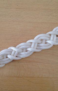 Tie the Celtic Bar for Bracelets or Belts | Guidecentral