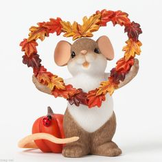 Charming Tails ~ Fall in Love ~ Mouse Figurine Fall Leaf Heart Wreath 2014 New