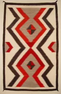 Historic American Indian Navajo Rugs Crystal Bold Serrated Lightening Pattern