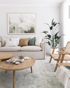Small Space Living Room, Paint Colors For Living Room, Home Living Room, Living Room Designs, Living Room Decor, Living Room Chairs, Tan Living Rooms, Lounge Room Designs, Living Room Artwork