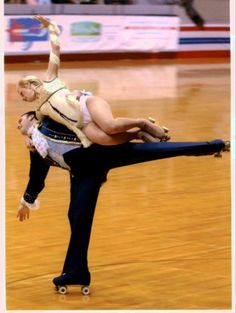 World class artistic roller skating: free dance routine by Tammy Gummow & Kevin Kneeland, USA