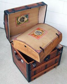 I love antiques. Wouldn't this trunk make a great place to store your past journals?