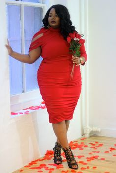 VALENTINE'S DAY LOOK   Cute look on Everything Curvy and Chic blog