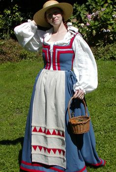 "1590s Italian Peasant Dress based wholly on the research of Jennifer Thompson at ""A Festive Attyre"""