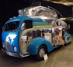 psyche-goddess-of-soul: fetishrekindled: doyoulikevintage: Deco Camper Ohhhhh I want this Cooooool Camper Caravan, Retro Campers, Cool Campers, Camper Trailers, Vintage Campers, Vintage Rv, Vintage Trailers, Cool Rvs, Deco