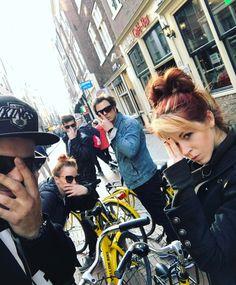 """– Lindsey Stirling (@lindseystirling) på Instagram: """"Bike crew is back."""""""