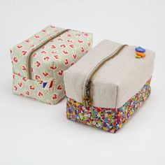 Learn how to make this block zip pouch. Step by step photo tutorial and template. thanks so xox